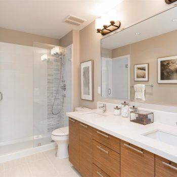 Southpoint Walk - Bathroom